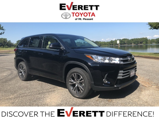 New 2018 Toyota Highlander LE Plus - V6 FWD