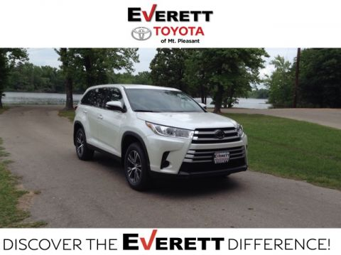 New 2019 Toyota Highlander LE - V6 FWD
